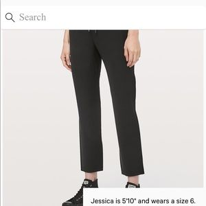 Lululemon On The Fly Pant in size 8!